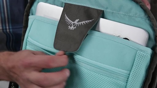 Osprey Farpoint Travel Laptop Backpack Series - image 9 from the video