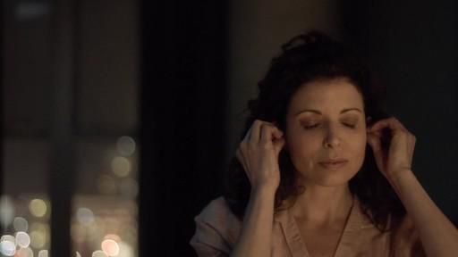 Bose Noise-Masking Sleepbuds - image 6 from the video