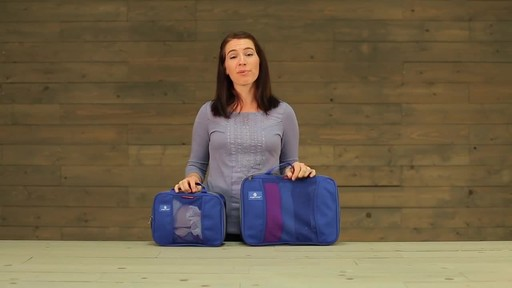 Eagle Creek Pack-It Original 2-Piece Compression Cube Set - image 2 from the video