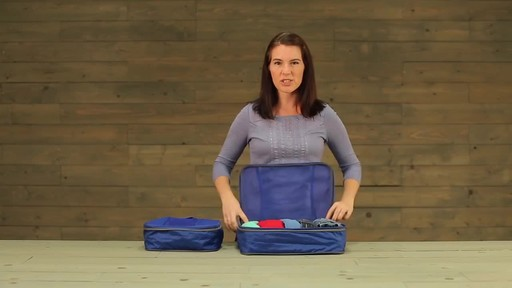 Eagle Creek Pack-It Original 2-Piece Compression Cube Set - image 5 from the video
