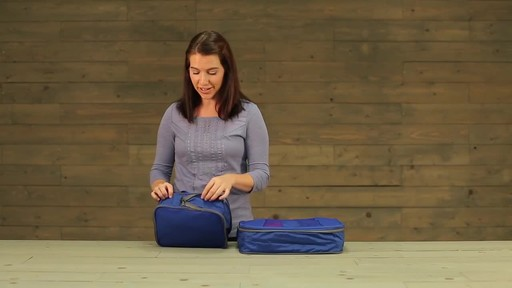 Eagle Creek Pack-It Original 2-Piece Compression Cube Set - image 6 from the video