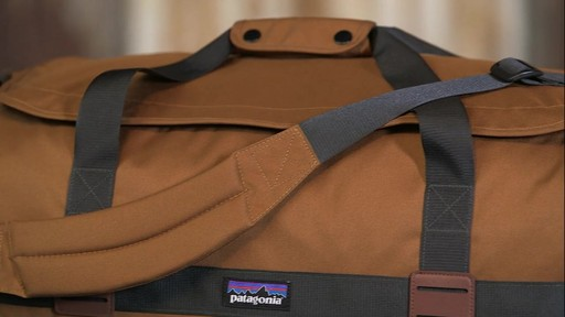 Patagonia Arbor Duffle 60L - image 7 from the video