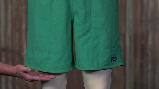 Patagonia Mens Baggies Long Shorts - 7 in - image 9 from the video