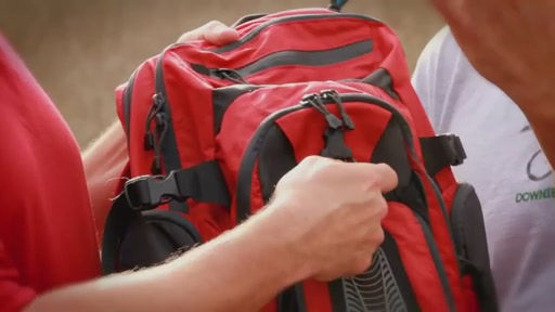 CamelBak HawgNV - image 7 from the video