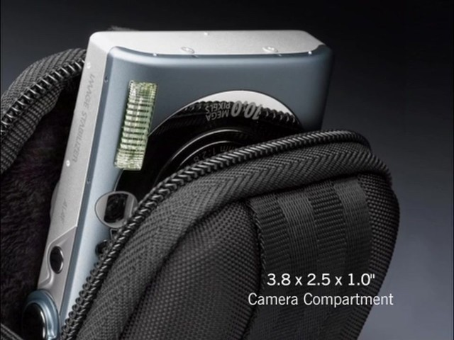 Case Logic Compact Camera case - image 1 from the video