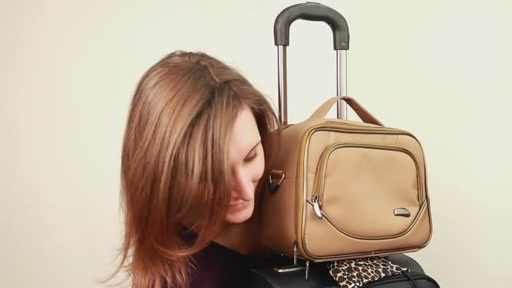 Travelon: The Bag Bungee - image 7 from the video