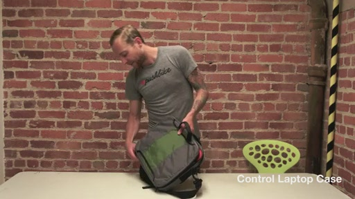 Timbuk2 Control Laptop Case - image 9 from the video