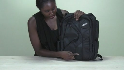 Powerbag by ful 6000 mAH Deluxe Laptop Backpack - image 3 from the video