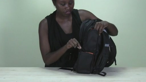 Powerbag by ful 6000 mAH Deluxe Laptop Backpack - image 4 from the video