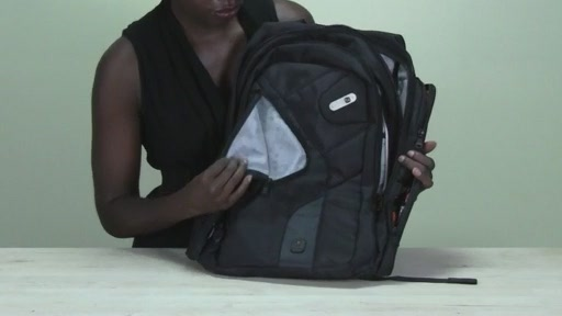 Powerbag by ful 6000 mAH Deluxe Laptop Backpack - image 7 from the video