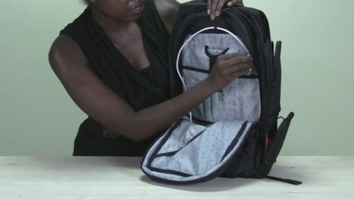 Powerbag by ful 6000 mAH Deluxe Laptop Backpack - image 8 from the video