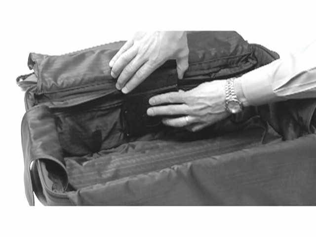 TUMI - How to Use Push-Button Expansion - image 4 from the video