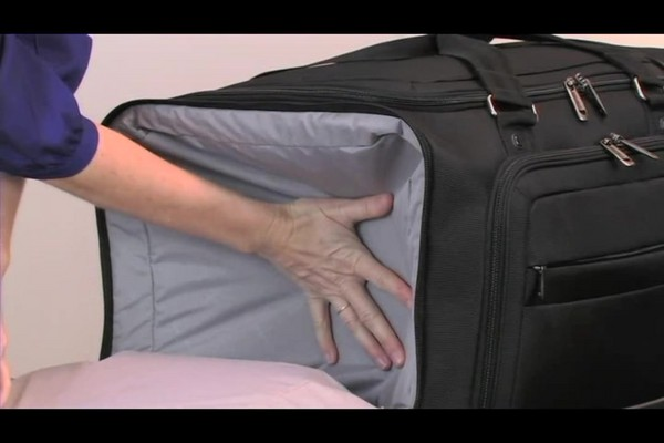 Ease Wheeled Duffels - image 4 from the video