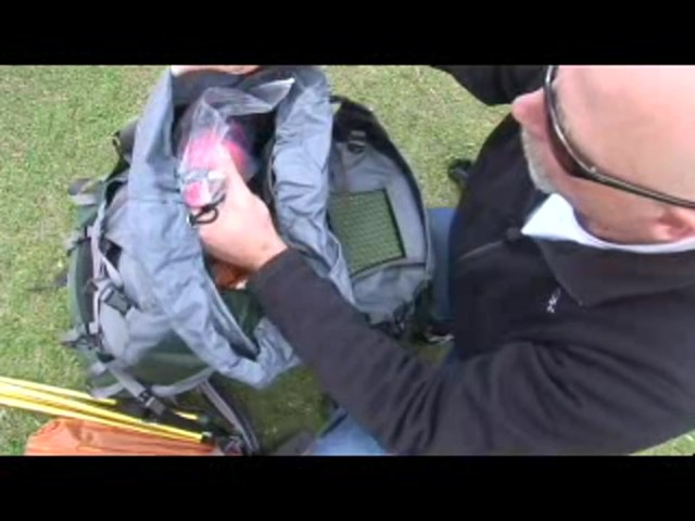 Osprey How to pack your pack - image 4 from the video