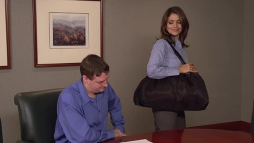 Samsonite Women's Business Case - image 7 from the video