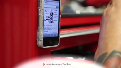 Rokform Rokbed Magnet Kit for all Rokform v3 Cases - image 8 from the video