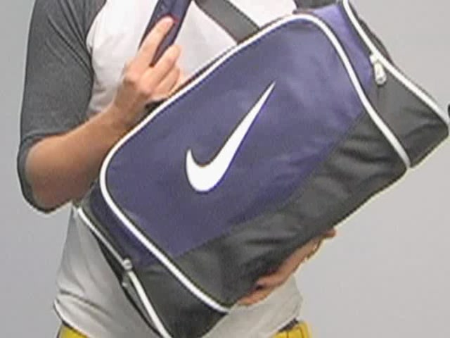 Nike Brasilia Duffel: One Minute Run Down - image 1 from the video