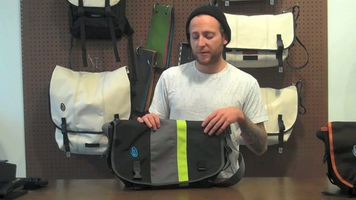 Timbuk2 D-lux Laptop Messenger Product Demo - image 2 from the video