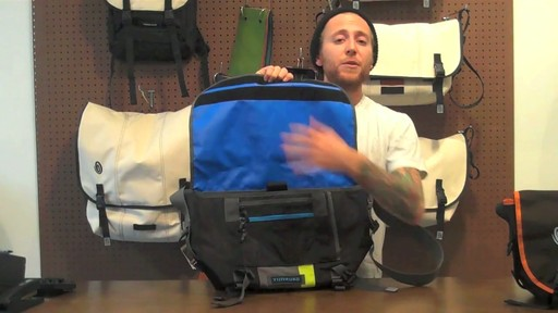 Timbuk2 D-lux Laptop Messenger Product Demo - image 6 from the video