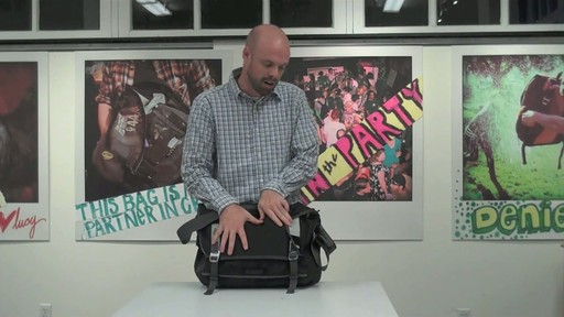 Timbuk2 Command Laptop Messenger Product Demo - image 1 from the video