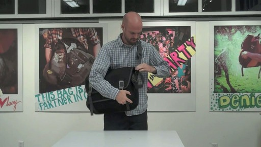 Timbuk2 Command Laptop Messenger Product Demo - image 3 from the video