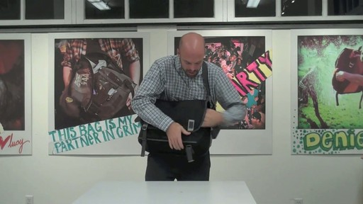 Timbuk2 Command Laptop Messenger Product Demo - image 6 from the video