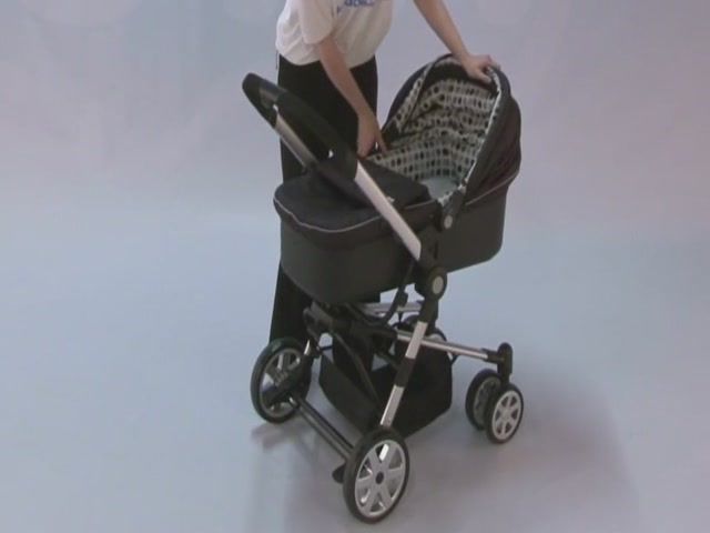 Baby Weavers Verso Complete Travel System Product Features  - image 7 from the video