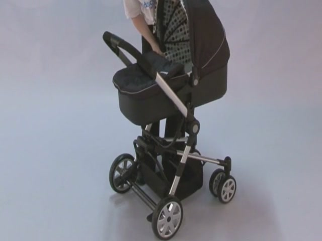Baby Weavers Verso Complete Travel System Product Features  - image 9 from the video