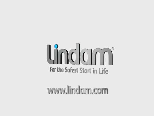 Lindam Extending Wooden Safety Gate - Kiddicare - image 10 from the video