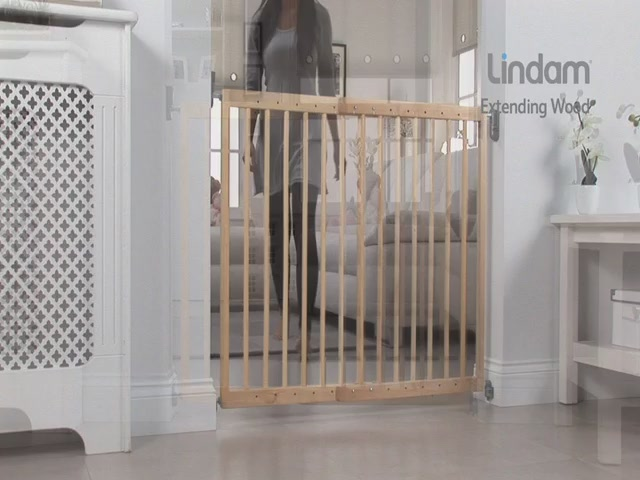 Lindam Extending Wooden Safety Gate - Kiddicare - image 3 from the video