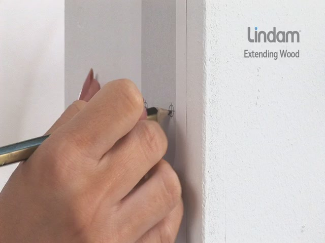 Lindam Extending Wooden Safety Gate - Kiddicare - image 6 from the video