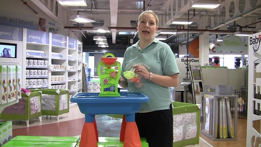 Buzzing Brains Sand & Water Play Table - Kiddicare - image 10 from the video