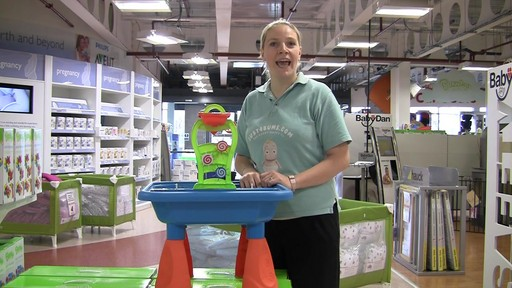 Buzzing Brains Sand & Water Play Table - Kiddicare - image 6 from the video