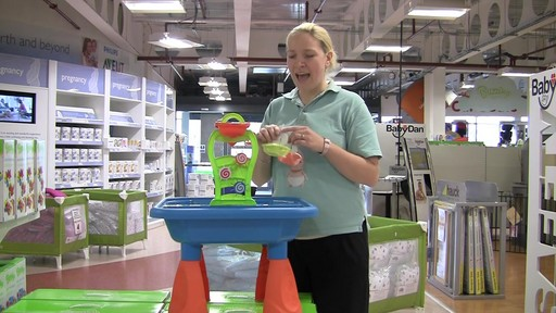 Buzzing Brains Sand & Water Play Table - Kiddicare - image 9 from the video