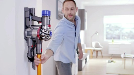 dyson v8 absolute cordless stick vacuum product demo bed bath beyond video ca. Black Bedroom Furniture Sets. Home Design Ideas