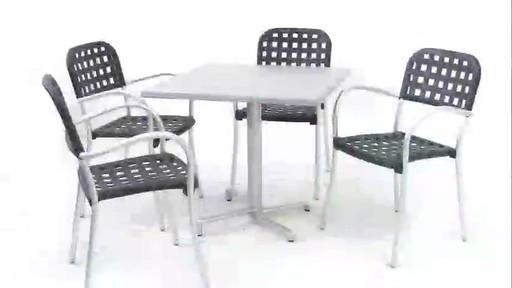 Nardi plateau de table carr werzalit pi tement scudo avec fauteuils aurora welcome to for Pietement de table
