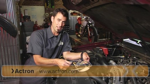 Actron Checking for fuel pressure CP7818 - image 6 from the video