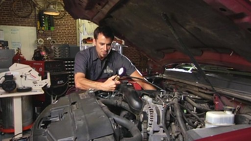 Actron Checking for fuel pressure CP7818 - image 8 from the video