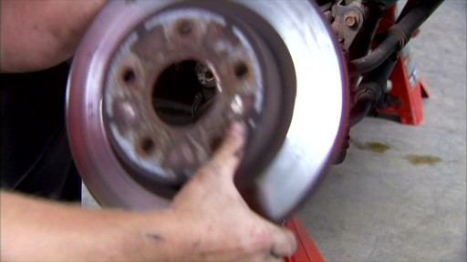 Replacing disc brakes - image 5 from the video