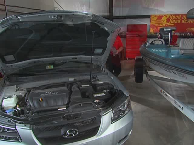 Jump Starter - Starting A Vehicle Video - Advance Auto Parts - image 3 from the video