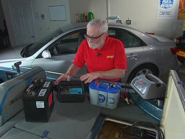 AutoCraft Gold Battery Chargers Heavy Duty - Advance Auto Parts XC-103 - image 2 from the video