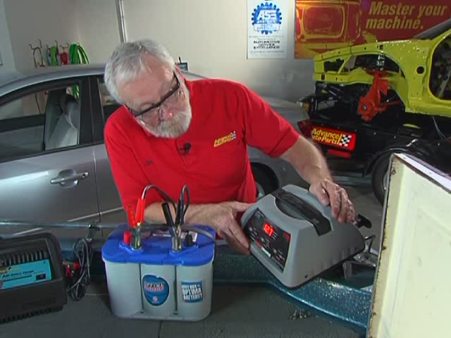 AutoCraft Gold Battery Chargers Heavy Duty - Advance Auto Parts XC-103 - image 7 from the video