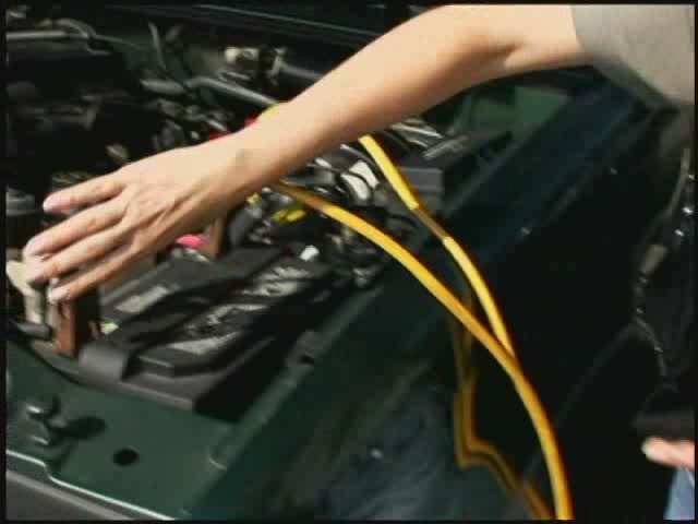 how to jump a car battery without cables