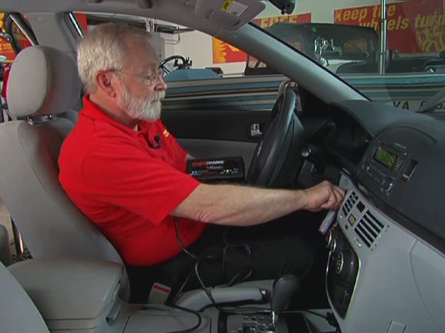 Schumacher Battery Charge Maintainers Video - Advance Auto Parts SSC-1000A - image 2 from the video