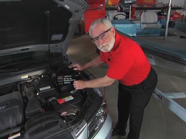 AutoCraft Gold Battery Chargers For All Needs - Advance Auto Parts XC-103 - image 4 from the video
