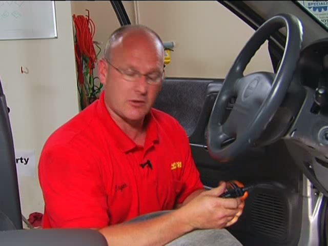 Actron Check Engine Code Scanner - Advance Auto Parts CP9575 - image 5 from the video