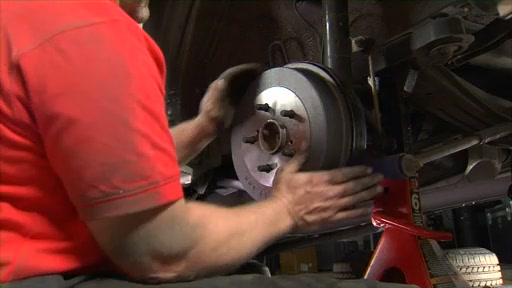 Wearever Changing Drum Brakes Step 6 - Adjust the Shoes and Install the Drum FR636 - image 10 from the video