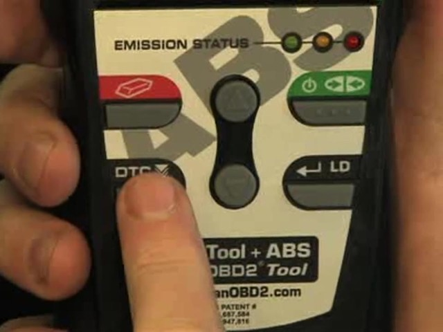 Innova 3160 OBD II CAN ABS SRS Live Data Diagnostic Scan Tool 3160 - image 7 from the video