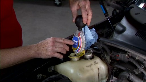 Peak How to check the coolant in your car? PKF0AB - image 4 from the video