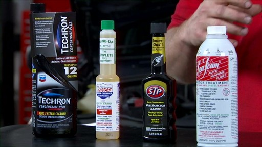 Lucas Fuel System and Injector Cleaners SF16 - image 10 from the video